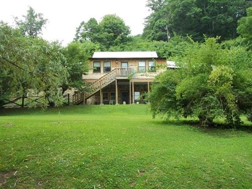 Historic Riverfront Log Home : Abingdon : Washington County : Virginia