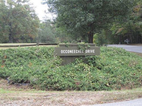 Preeminent Lakefront Community : Clarksville : Mecklenburg County : Virginia