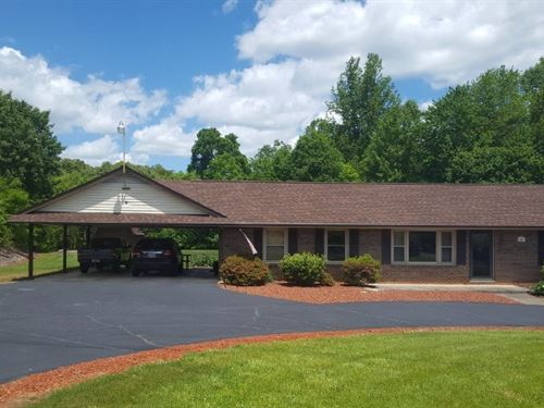 Ranch Style Home Ground Pool Henry : Martinsville : Henry County : Virginia