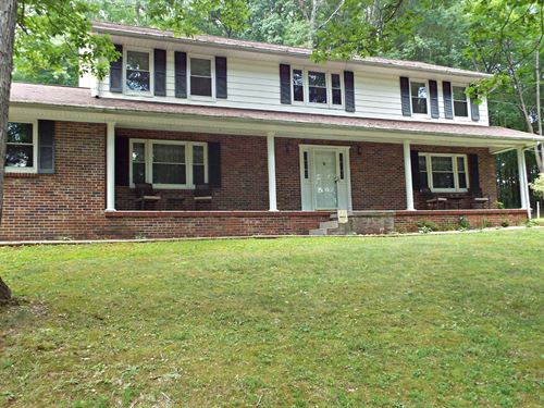 Private Brick Home, Acreage Between : North Tazewell : Tazewell County : Virginia