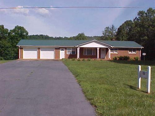 Ranch Style Home 5 Acres, Patrick : Stuart : Patrick County : Virginia