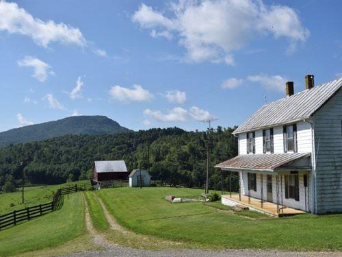 Country Farmhouse Buffalo Mountain : Willis : Floyd County : Virginia