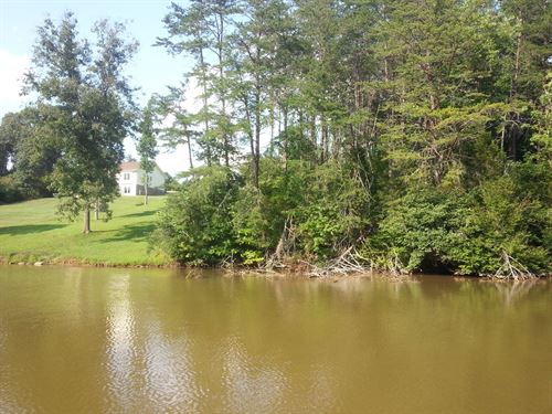 Affordable Waterfront Lot Smith : Wirtz : Franklin County : Virginia