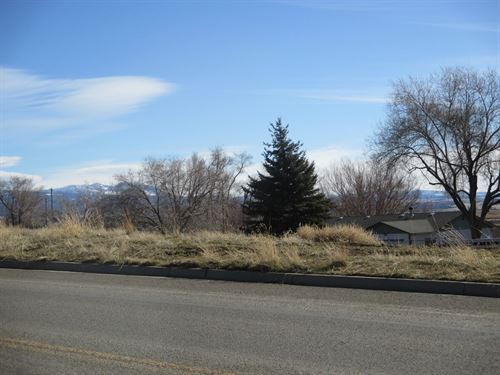 1 Lot Town Views Valley Mountain : Alturas : Modoc County : California