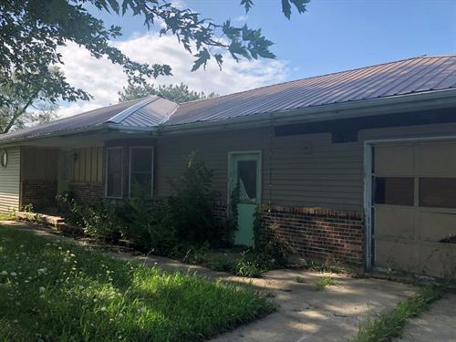 3 Bedroom, 2 Bathroom Home Outside : Bedford : Taylor County : Iowa