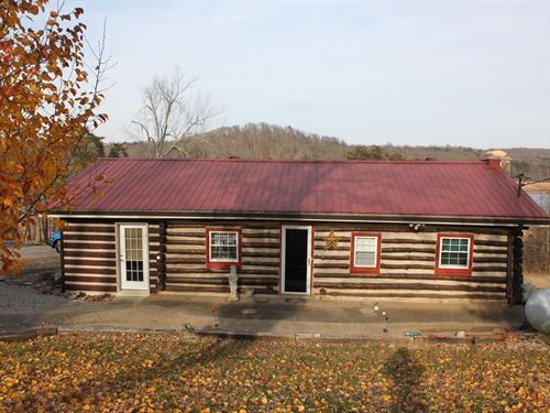 Rustic Log Home Water Front Nolin : Mammoth Cave : Edmonson County : Kentucky