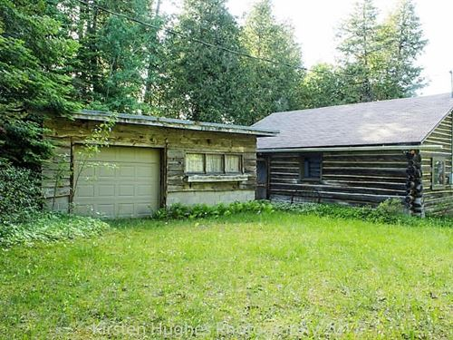Waterfront Log Cabin, 5 Lots : Drummond : Chippewa County : Michigan