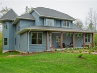 Newer Country Home Private Setting : South Haven : Van Buren County : Michigan