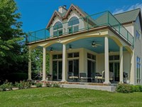 Spectacular Riverfront Home Outdoor : South Haven : Van Buren County : Michigan