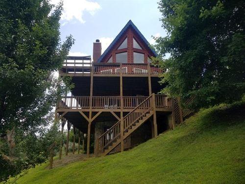 Log Home Piney Creek NC Access to : Piney Creek : Alleghany County : North Carolina