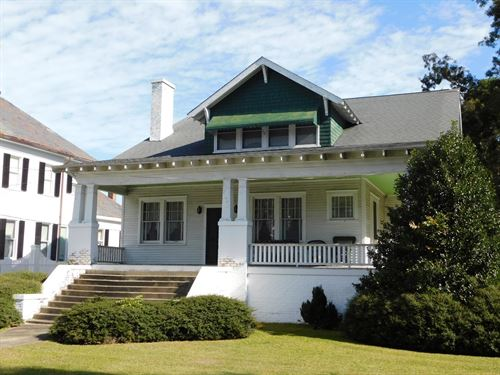 Historic Craftsman River Downtown : Windsor : Bertie County : North Carolina