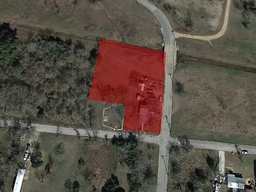 1 Acre Lot : Luling : Caldwell County : Texas