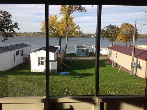 Recreational,Fishing,Hunting Sd Big : Corona : Roberts County : South Dakota