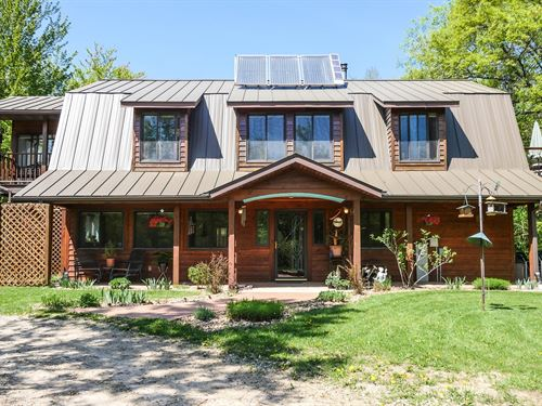 Country Home For Sale in Waupaca WI : Waupaca : Wisconsin