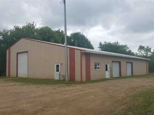 Commercial Steel Building Land Lot : Fergus Falls : Otter Tail County : Minnesota