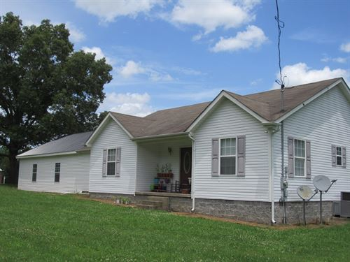 County Home & Acreage Lobelville TN : Lobelville : Perry County : Tennessee