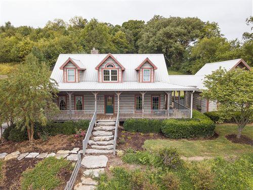 Amazing Equine Estate Williamson : Thompson's Station : Williamson County : Tennessee