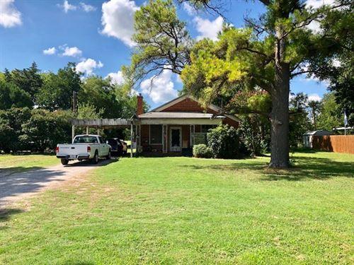 Homes Burkburnett Texas Wichita : Burkburnett : Wichita County : Texas