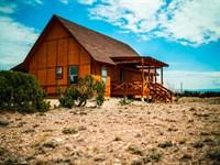 Utah Mountain Cabin Has Sweeping : Duchesne : Duchesne County : Utah
