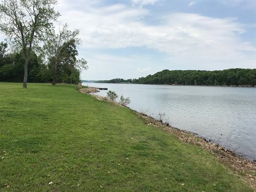 Tennessee River Front Lot For Sale : Decaturville : Decatur County : Tennessee