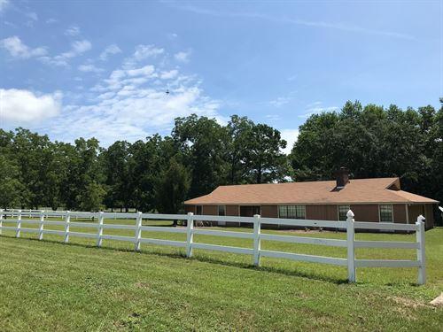 Country Home 3B/3B 7.6 Acres Fenced : Samson : Geneva County : Alabama