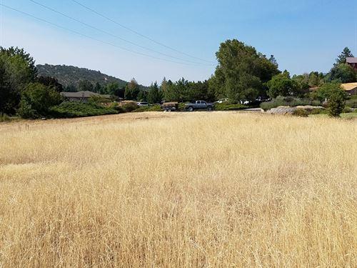Yreka City Lot Upscale Subdivision : Yreka : Siskiyou County : California