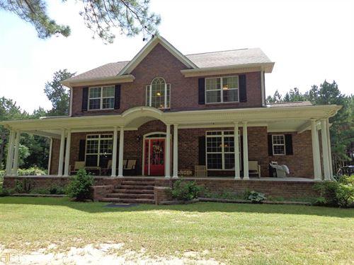 5 BR & 3.5 BA Nestled Hill 7+ Acres : Sylvania : Screven County : Georgia