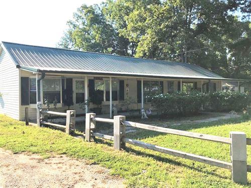 3 Br 3 Ba Country Home On 1.8 Acres : De Kalb : Bowie County : Texas