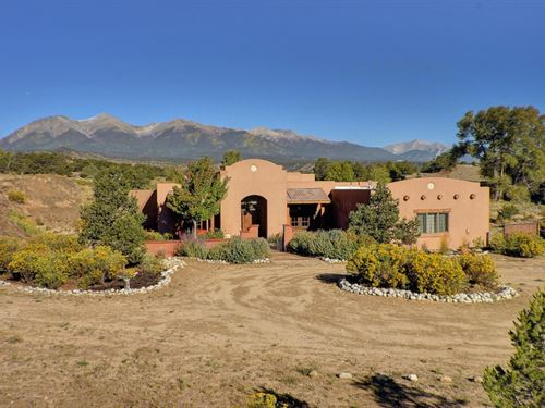 4527358, Peaceful Living In This : Salida : Chaffee County : Colorado