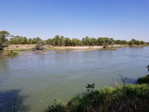 Platte River Waterfowl And Cabin In : Bertrand : Phelps County : Nebraska