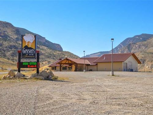 Commercial Property on Four Acres : Cody : Park County : Wyoming