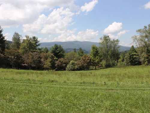 Old-Time Blue Ridge Mountain : Troutdale : Grayson County : Virginia