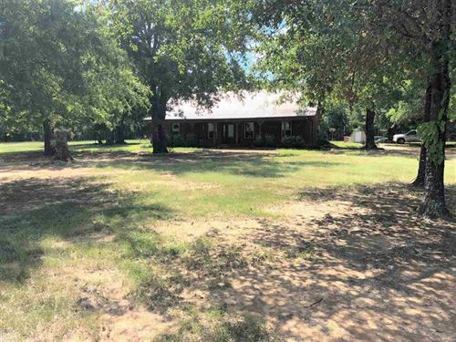 Log Home With Land : Paris : Lamar County : Texas