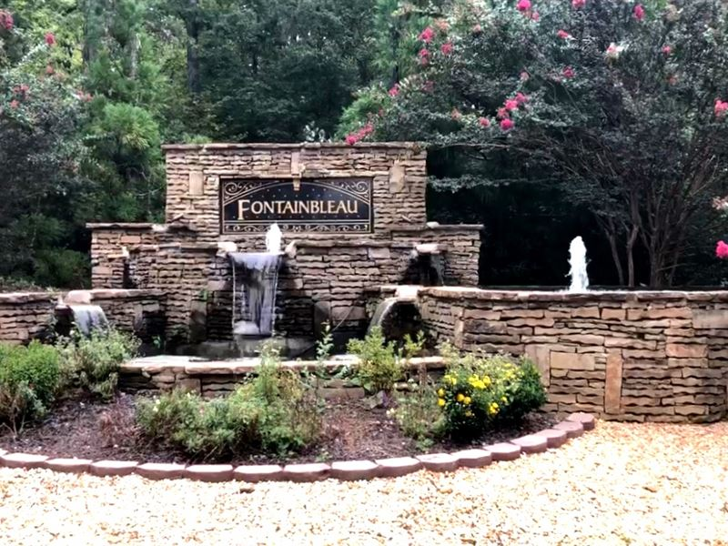 2015 Se Fontainbleu Lot 8 : Conyers : Rockdale County : Georgia