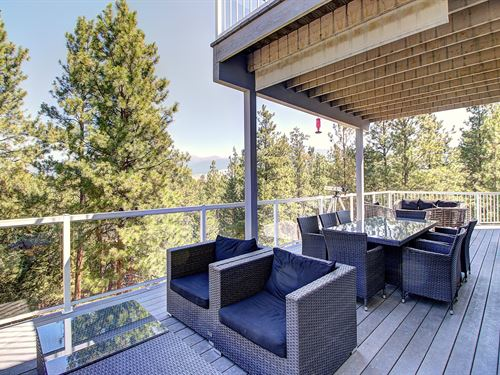 Beautiful Remodeled Home On 20 Acre : Eureka : Lincoln County : Montana
