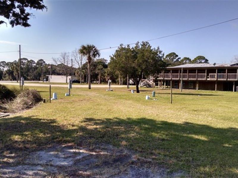 Great Gulf Canal Lots : Suwannee : Dixie County : Florida