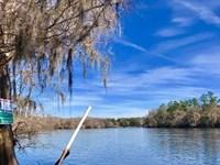 River Property Suwannee River North : Trenton : Gilchrist County : Florida