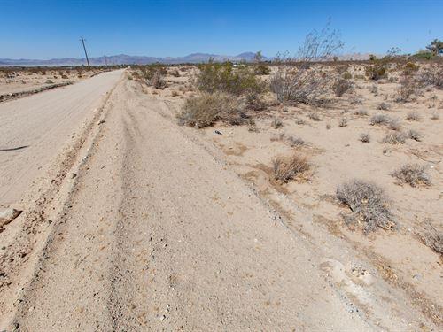 5 Acres Great Ca Hi-Desert Lucerne : Lucerne Valley : San Bernardino County : California