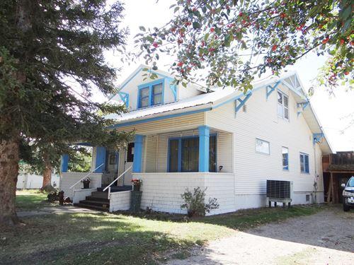 Home With Acreage Edge Lewistown : Lewistown : Fergus County : Montana