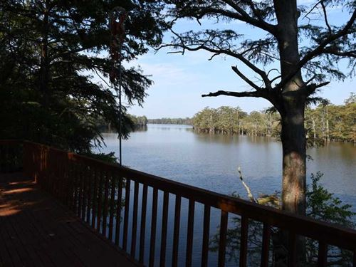 1,764 Sqft Lakefront Cabin on Hors : Augusta : Woodruff County : Arkansas