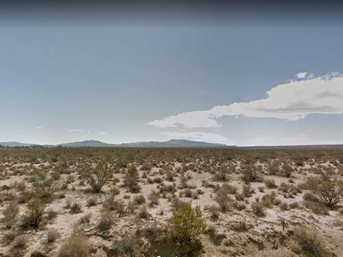 2.58 Acre Paradise From Ridgecrest : Inyokern : Kern County : California