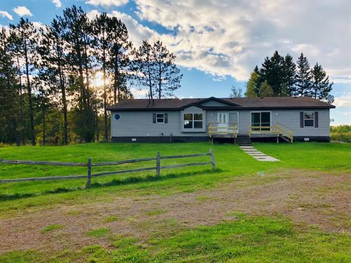 Spacious Country Home That Sits 10 : Sturgeon Lake : Aitkin County : Minnesota