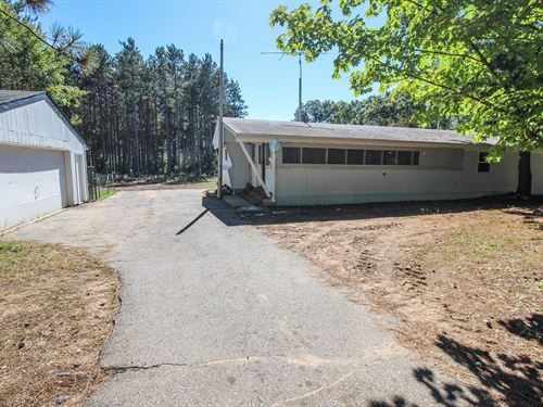 Home For Sale in Wild Rose, WI : Wild Rose : Waushara County : Wisconsin