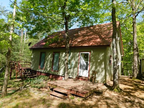 Private Cabin Boat House Pickwick : Savannah : Hardin County : Tennessee