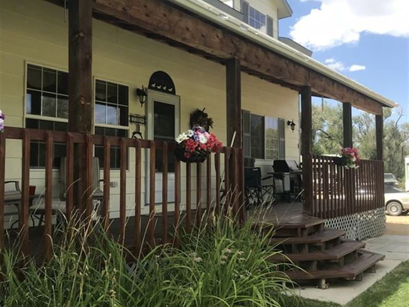 Horse Property In Historic Town : Elk Mountain : Carbon County : Wyoming