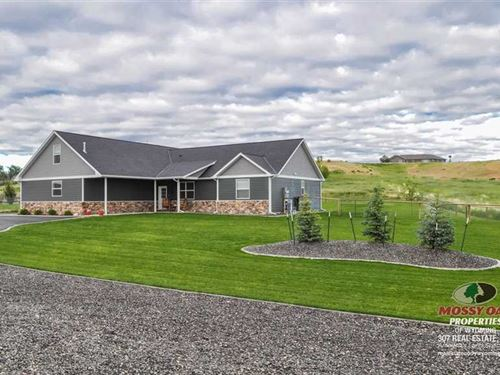 Four Bedroom, Four Bath Home on 2 : Cody : Park County : Wyoming