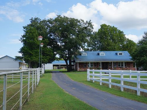 No Reserve Auction, Country Home 11 : Prague : Lincoln County : Oklahoma
