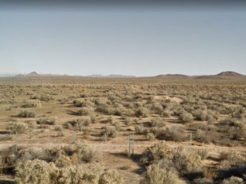 1.25-Acre In Edwards Amazing Views : Edwards : Apache County : Arizona