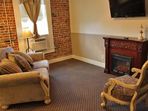 Historic Arkansas Hotel For Sale : Walnut Ridge : Lawrence County : Arkansas