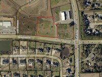 Commercial Lot On Lake Joy Rd : Warner Robins : Houston County : Georgia